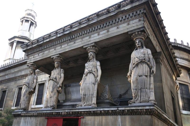 Crypt entrance1